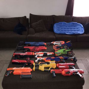 Selling Nerf guns going for cheap everything 100$ for Sale in Tucson, AZ