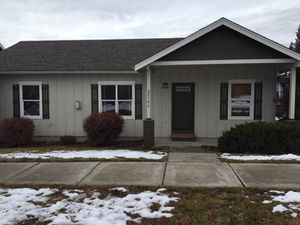 3 bed/2bath NE Bend available now $1650 for Sale in Bend, OR