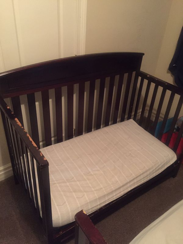 FREE 2 Cribs/Toddler Beds