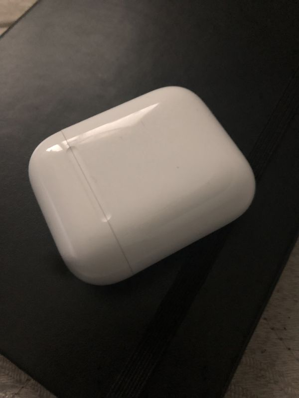 AirPods 9/10 condition