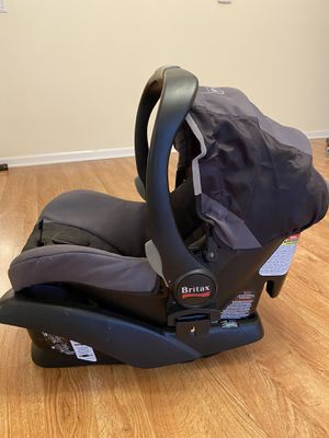Britax B-Safe Infant Car Seat $10 for Sale in Wheeling, IL
