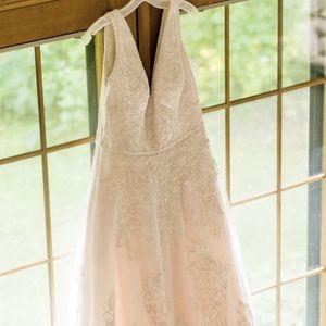Wedding/ Quinceañera Dress Size 14 for Sale in Elgin, IL