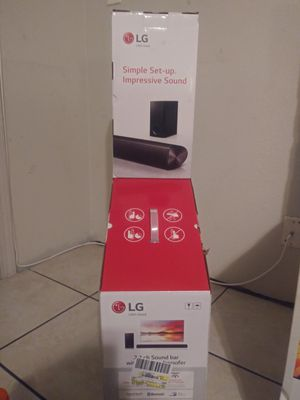 Lg 100 watt soundbar+subwoofer for Sale in Dallas, TX