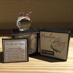 Pier 1 Collectible Glass Flying Pig ~ Penelope The Piggie for Sale in Fresno, CA