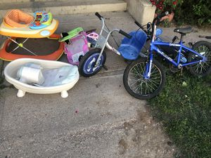 Free bikes and baby items—PENDING PICKUP for Sale in Aurora, CO