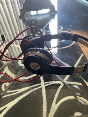 Beats solo 1 headphones for Sale in Maple Heights, OH