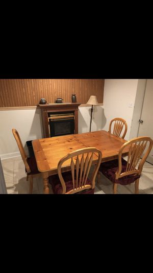Dining Room Table for Sale in Fort Washington, MD
