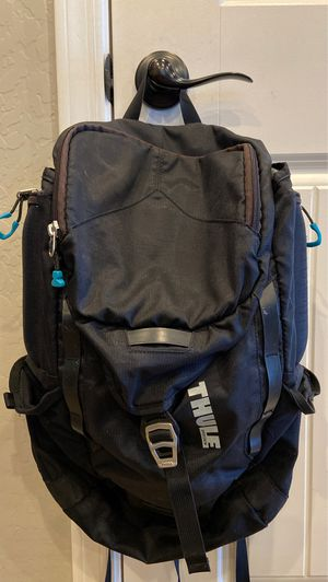 Thule black backpack for Sale in Peoria, AZ