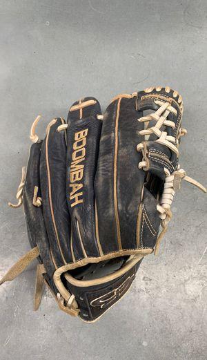 "Boombah FGB15 11.75"" RH Glove for Sale in Anaheim, CA"