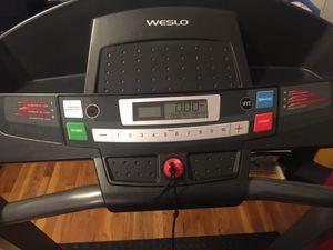 Weslo Cadence G 5.9i Folding Treadmill for Sale in Boston, MA