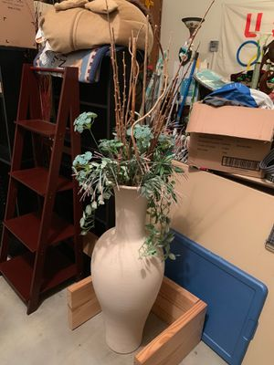 Large/Tall Round Plant Pot for Sale in Houston, TX