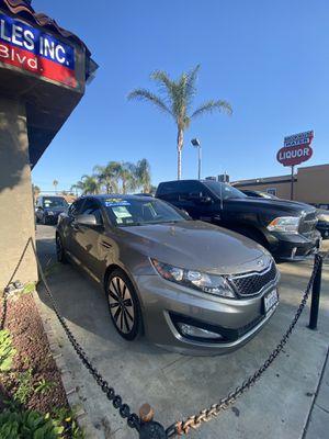 2013 Kia Optima Super clean for Sale in Anaheim, CA