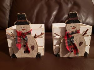 ⛄⛄LIKE NEW! PAIR OF 2 WOODEN SNOWMAN BOX PLANTERS for Sale in Pembroke Pines, FL