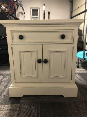 Cabinet for Sale in Bellflower, CA
