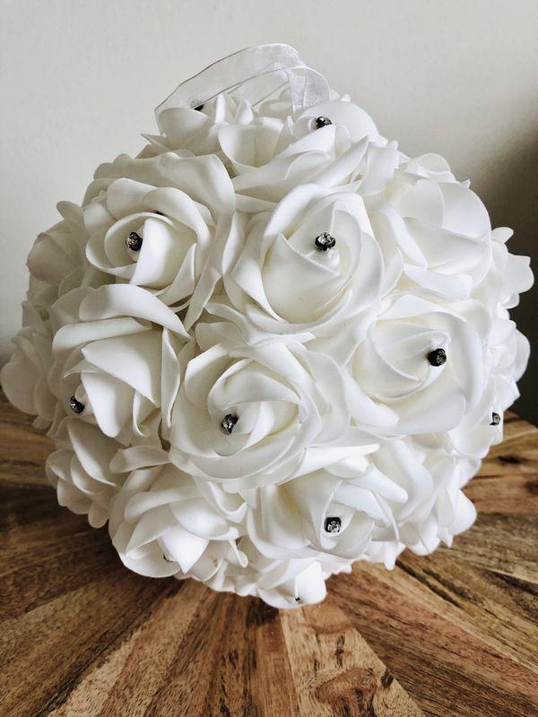 Chiffon White Rose Decor