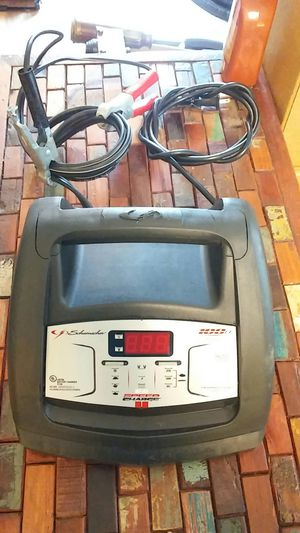 100 amp speed charger - STD/AMG/Gel for Sale in Mankato, MN