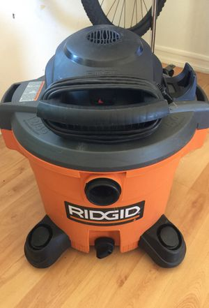 Vacuum 12 gallons for Sale in Costa Mesa, CA