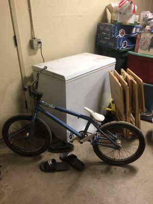 Kink launch bmx for Sale in Laton, CA