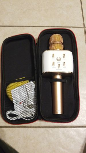 Karaoke Mic/ Bluetooth Speaker for Sale in Houston, TX