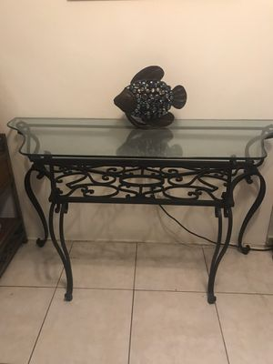 Console table/ TV stand for Sale in Fort Lauderdale, FL