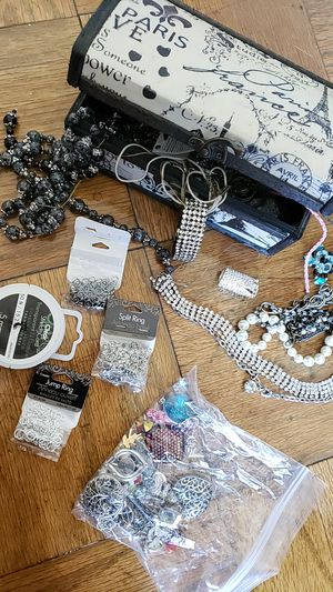 Jewelry making kit for Sale in Alexandria, VA