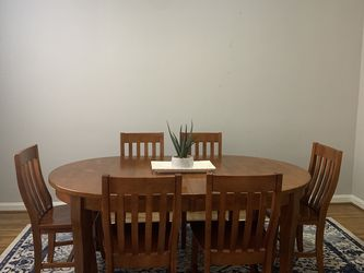 Dining Room Set for Sale in Lakewood,  OH