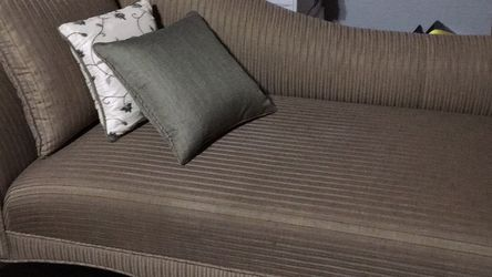 Chaise Lounge for Sale in Portland,  OR