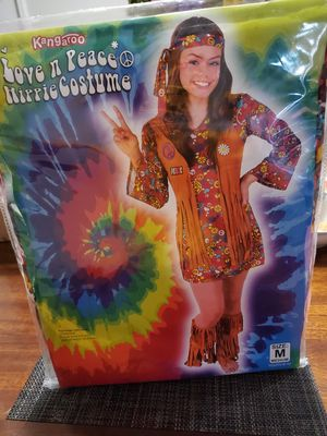 Love n peace costume size M for Sale in Plainfield, IN