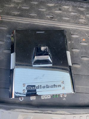 Audiobahn car amp A8000T 1,600 watts max monoblock intake series for Sale in Stoughton, MA