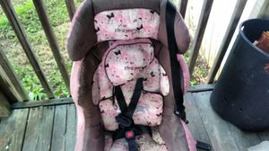 Car seat and beauty try for Sale in Wirtz, VA