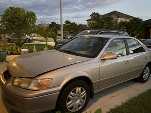 2000 Toyota Camry XLE for Sale in Wimauma, FL