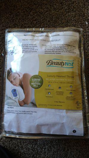 Heated throw blanket for Sale in Las Vegas, NV