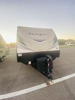 2019 Passport Travel Trailer Camper for Sale in Dover, FL