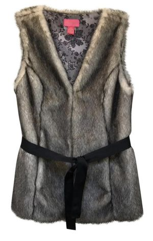 Betsy Johnson black/cream faux fur vest with belt for Sale in Everett, WA