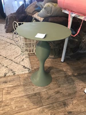 Green side table for Sale in Odessa, FL