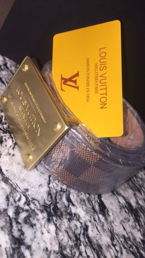 Louis Vuitton Brown for Sale in Pflugerville, TX