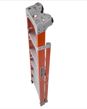 8' crossxstep ladder for Sale in Livermore, CA