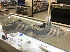 Fcp2344 adidas size7 for Sale in Houston, TX