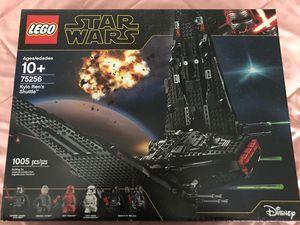 Star Wars LEGO Kylo Ren's Shuttle 75256 for Sale in Mechanicsburg, PA