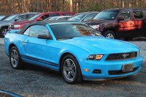2011 FORD MUSTANG for Sale in Alexandria, VA