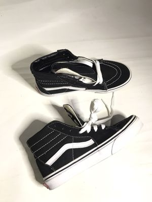 Vans high top kids sneaker shoes size 3 for Sale in Los Angeles, CA