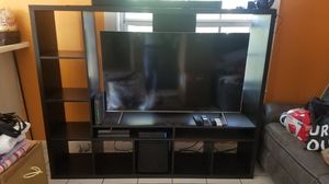 Entertainment center fits 60 inch tv, plus lots of room for books and thing for Sale in Hialeah, FL