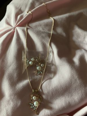 Pearl and Diamond Necklace and Earring Set for Sale in Leesville, SC