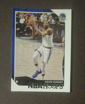 2018-19 Panini Kevin Durant Golden State Warriors #5 NBA Hoops Basketball Card Collectible Sports for Sale in Salem, OH