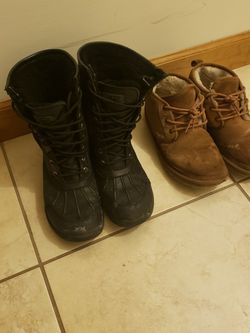 UGGS SZ 10 for Sale in Brooklyn,  NY
