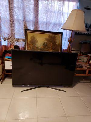 SAMSUNG 4K 60IN TV MODEL UN60JS7000FXZA for Sale in Pompano Beach, FL