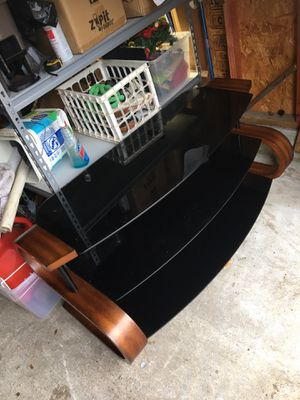 """52"""" tv stand 3 glass shelves for Sale in Katy, TX"""