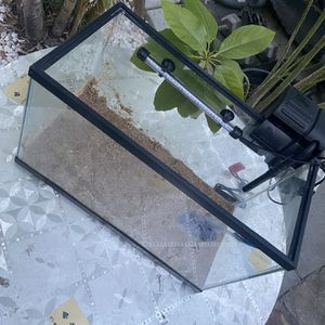 10 Gallon Fish Tank With Filter And Led Light for Sale in La Puente, CA