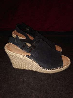 TOMS Wedge Espadrille Sandals sz 7.5 for Sale in Dallas, TX