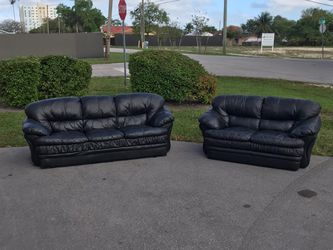 Couch / Sofa - Leather - 2 Pieces / Fair Condition / Delivery Negotiable for Sale in Miami,  FL